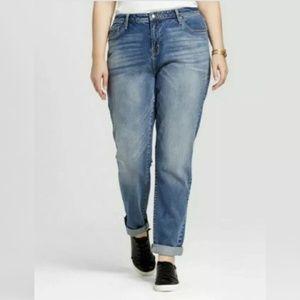 Ava & Viv Boyfriend Crop Blue Jeans Tapered 24W